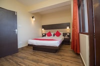 OYO 25087 Hotel Horizon