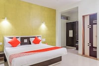 OYO 25095 Hotel Valley View Residency