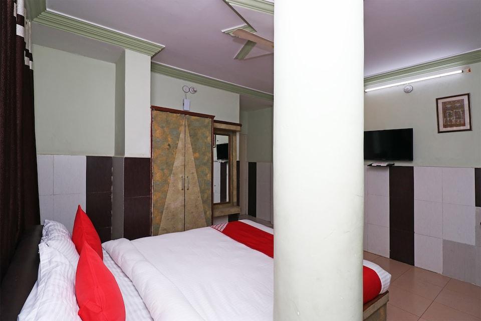 OYO 25102 Hotel Mamta Palace
