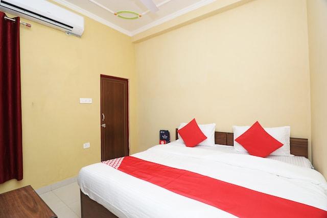 OYO 25110 Hotel Hare Rama
