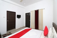OYO 26126 Hotel Jahnavi