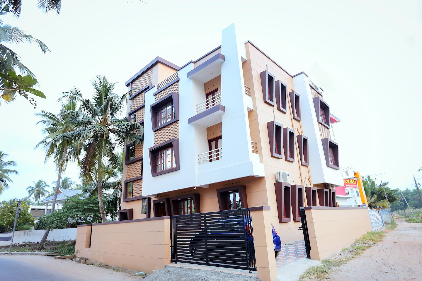 OYO Home 26180 Colourful 2BHK -1