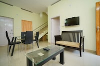 OYO Home 26210 Classic Stay Near National Highway