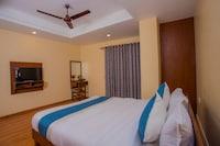 OYO 273 Hotel Rara Palace