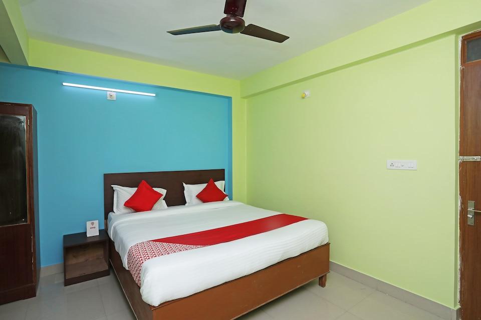 OYO 26496 Hotel Sands Bay