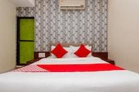 OYO 26563 Safar Residency