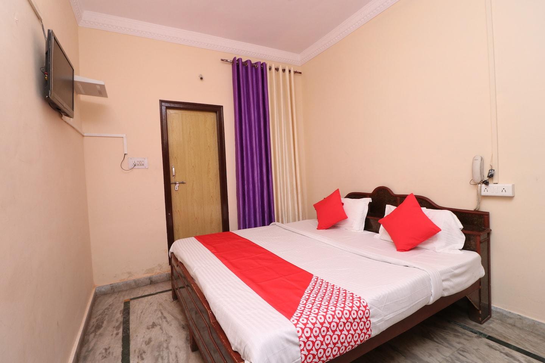 OYO 26582 Hotel Kings -1