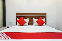OYO 26583 Hotel Kohinoor Plaza