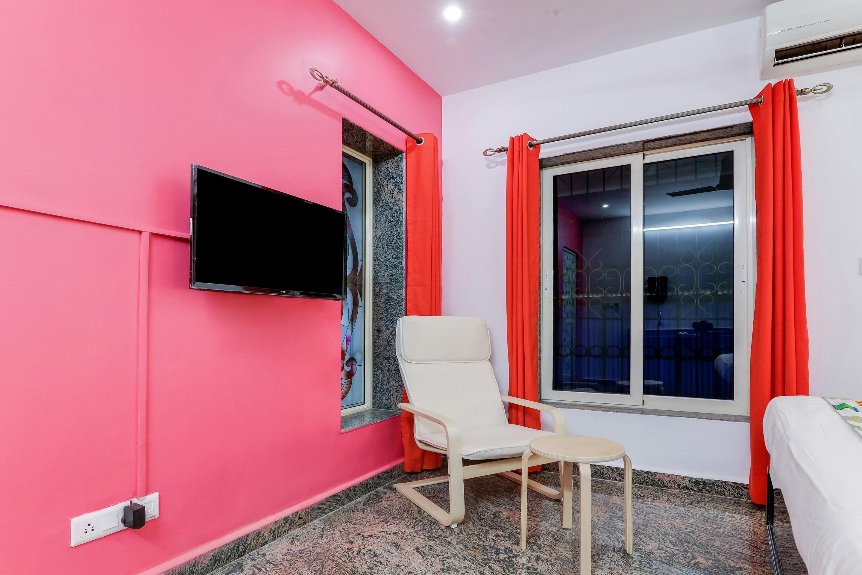 OYO 26604 Home Alluring Studio