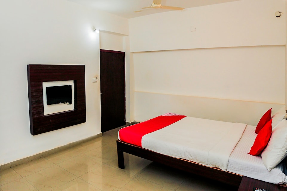 Capital O 26609 Pratham Inn & Resort