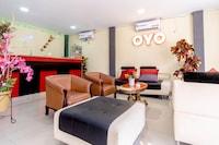 OYO 283 Helvetia Residence