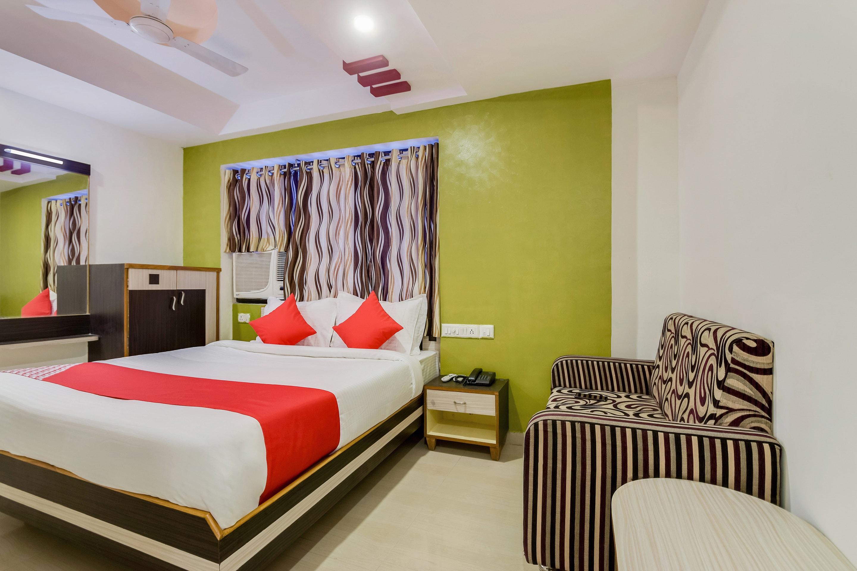 OYO 26636 Hotel Anjali Palace