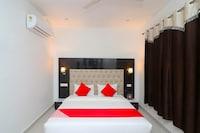 OYO 26637 Hotel Madhuvan Inn