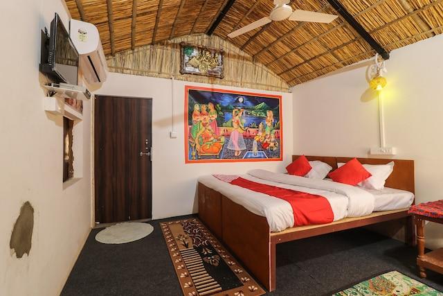 OYO 26645 Vaishnav Village Camps