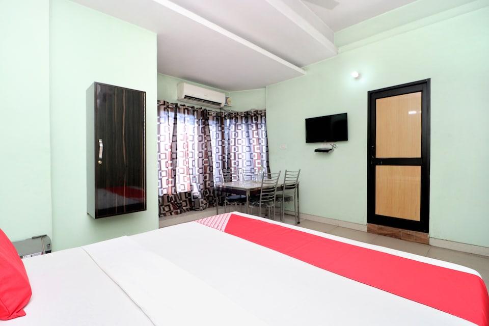 OYO 26665 Hotel Choudhary Residency