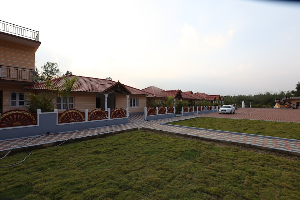 Capital O 26686 Coorg Maharaja Resort