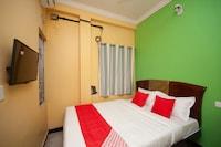 OYO 26746 Sruthi Residency Saver