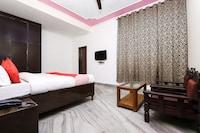 OYO 26753 Hotel Metro Park View