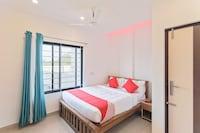 OYO 26769 Vijaya Comfort Inn Saver