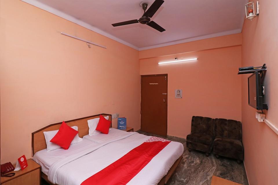 OYO 26791 Hotel Amar Palace