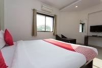 OYO 26795 Hotel Steers 07 Inn Deluxe