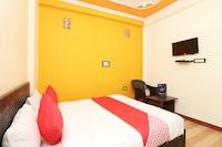 OYO 26815 Hotel Sweet Night