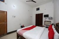OYO 26852 Hanumant Palace Deluxe