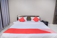 OYO 26866 Megha Resort