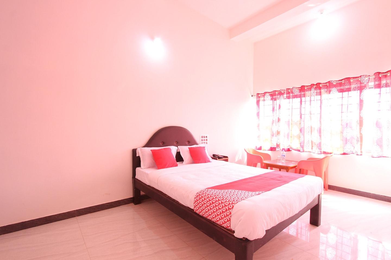 OYO 26870 Hotel Royal Valley -1