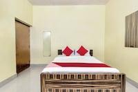 OYO 26908 Hotel Prakash
