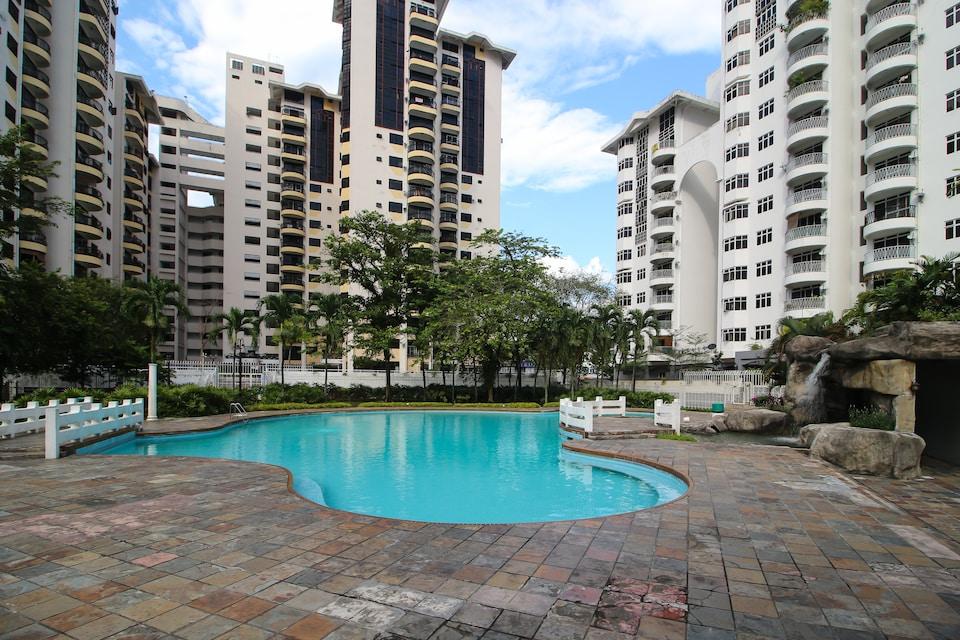 OYO Home 605 Spacious 3BR Ampang Avenue