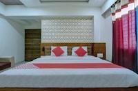 OYO 26981 Sharan Residency Deluxe