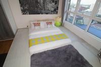 OYO Home 607 Elegant 1BR Silka Maytower