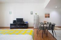 OYO Home 609 Luxury 1BR Silka Maytower