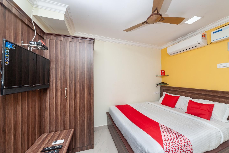OYO 27038 Anandha Rooms -1