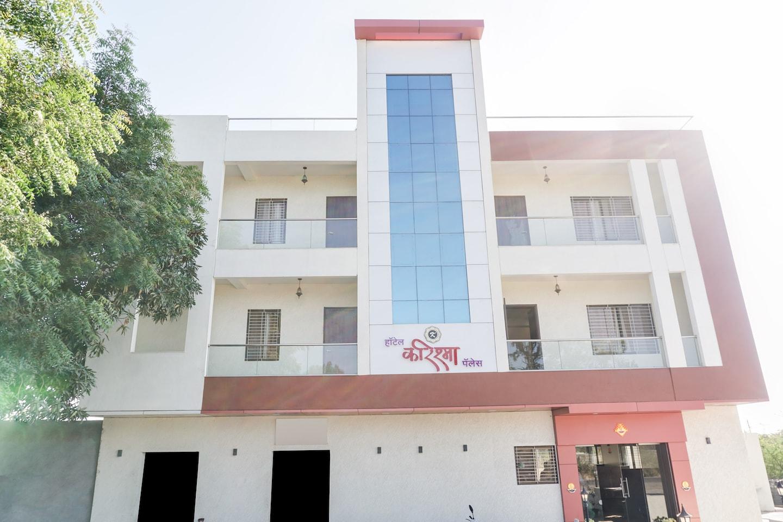 OYO 27051 Karishma Palace -1