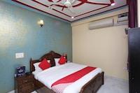 OYO 27069 Dharam Tower