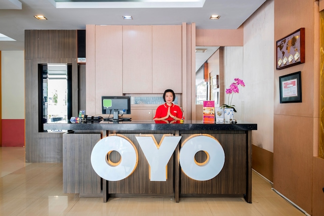 OYO 317 New Legend Hotel