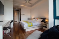 OYO Home 618 Elegant 1BR Casa Residency
