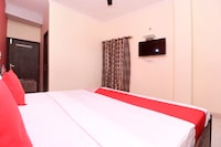 OYO 27670 Ts Hotel