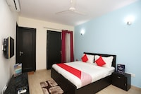 OYO 27674 Dhairya Residency