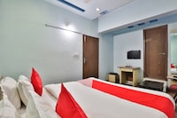 OYO 27689 Hotel Haveli Inn