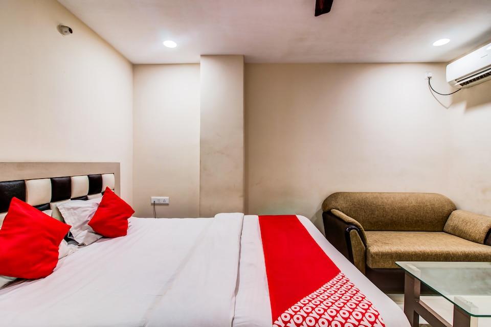 OYO 27696 Jai Ganesh Banquet Hall & Rooms