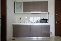 OYO Home 629 Lavish 1BR Regalia Suites