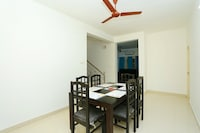 OYO Home 27727 Elegant Villa Stay