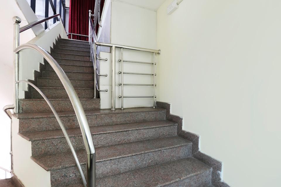OYO 27738 Ghala Residency Inn, Kalamassery Kochi, Kochi