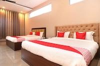 OYO 27743 Hotel Platina Suite