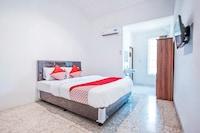 OYO 332 Residence G17 Kemang