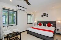 OYO 27751 Ashwarya Service Apartment Deluxe