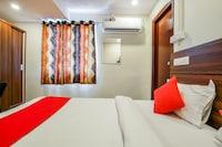 OYO 588 Jayabheri Enclave